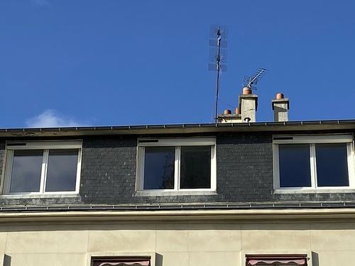 Fenêtres PVC blanches et Volets motorisation solaire - Lorient