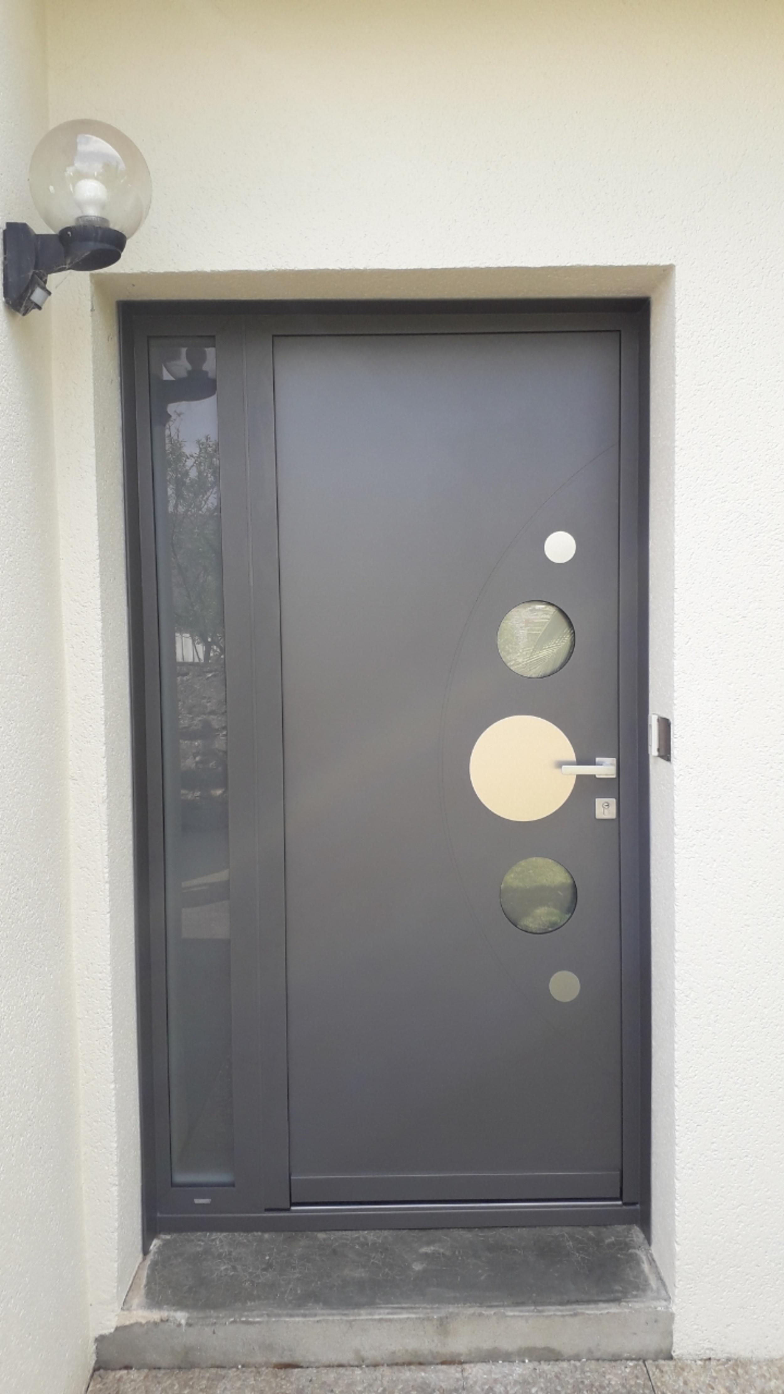 Installation d''une porte d''entrée - Hennebont (56)
