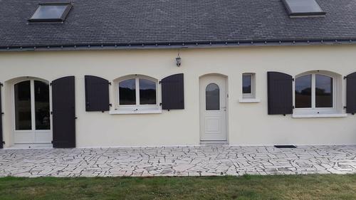 Menuiseries PVC-Art et fenêtres forme anse de panier- CAUDAN