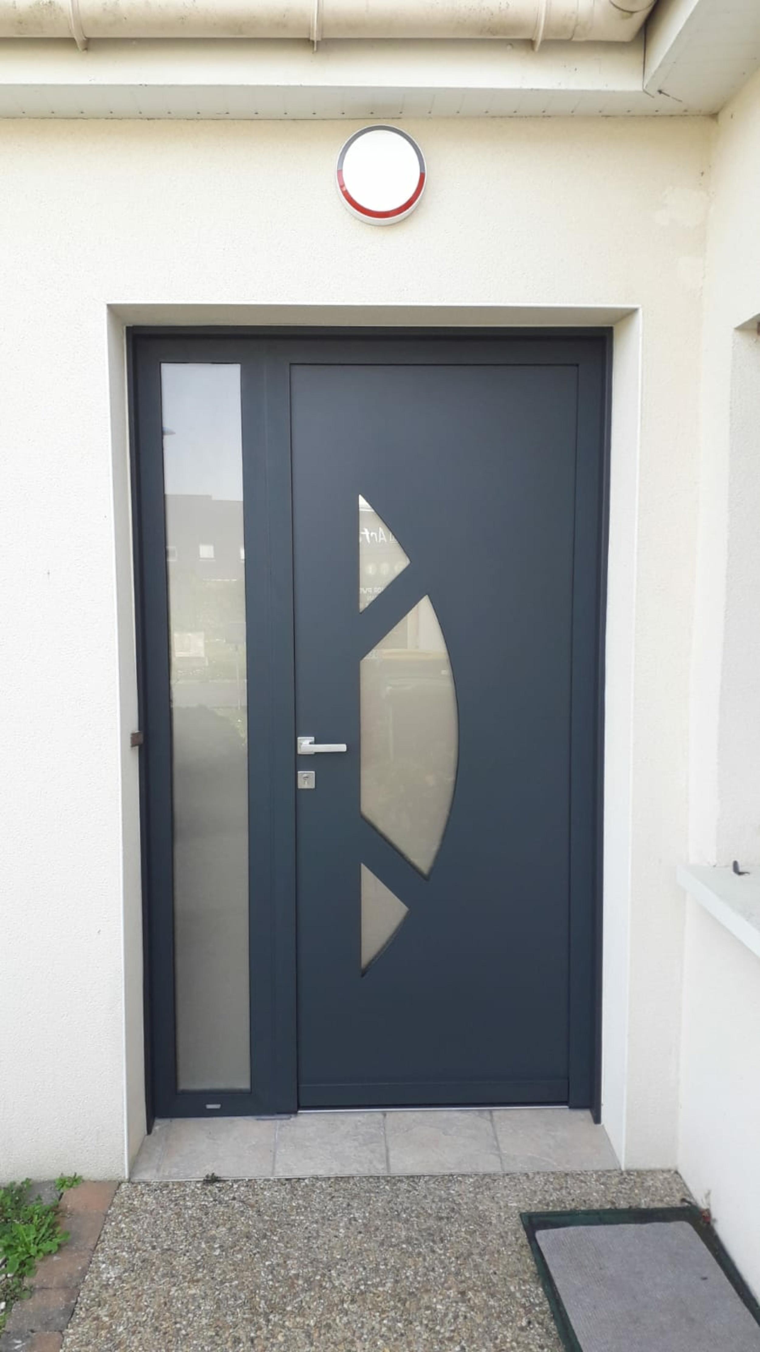Porte d''entrée avec tierce vitrée - Avant / après - Larmor Plage