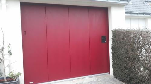 Porte de garage à déplacement latéral- avec portillon - Lanester