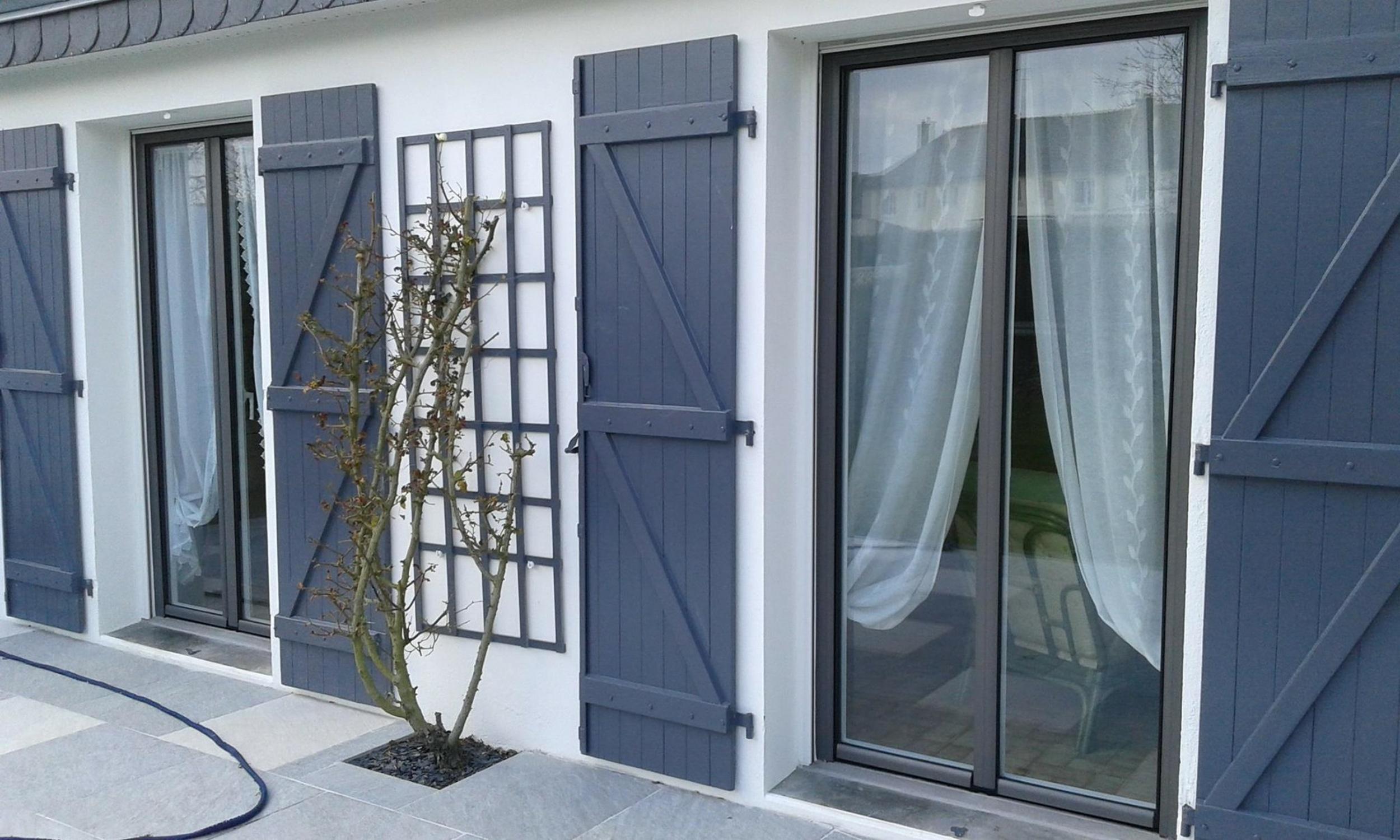 Pose de portes-fenêtres et volets - Morbihan (56)