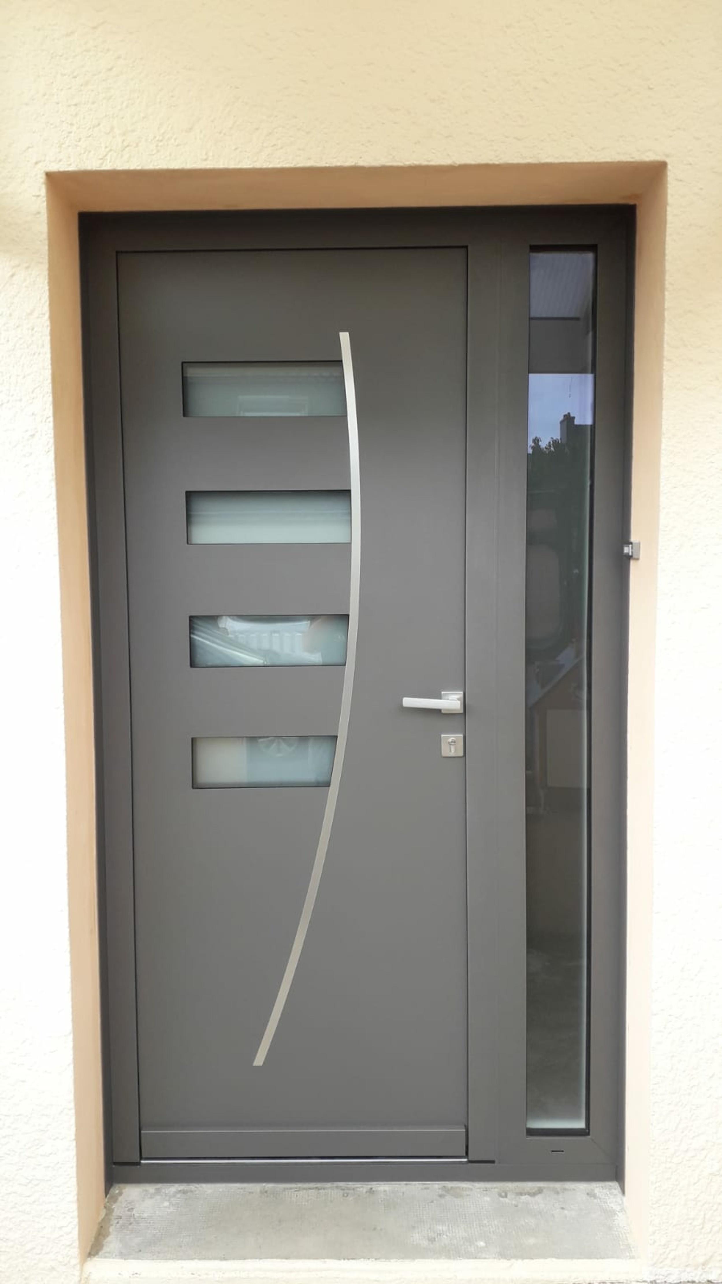 Rénovation porte d''entrée alu - Morbihan