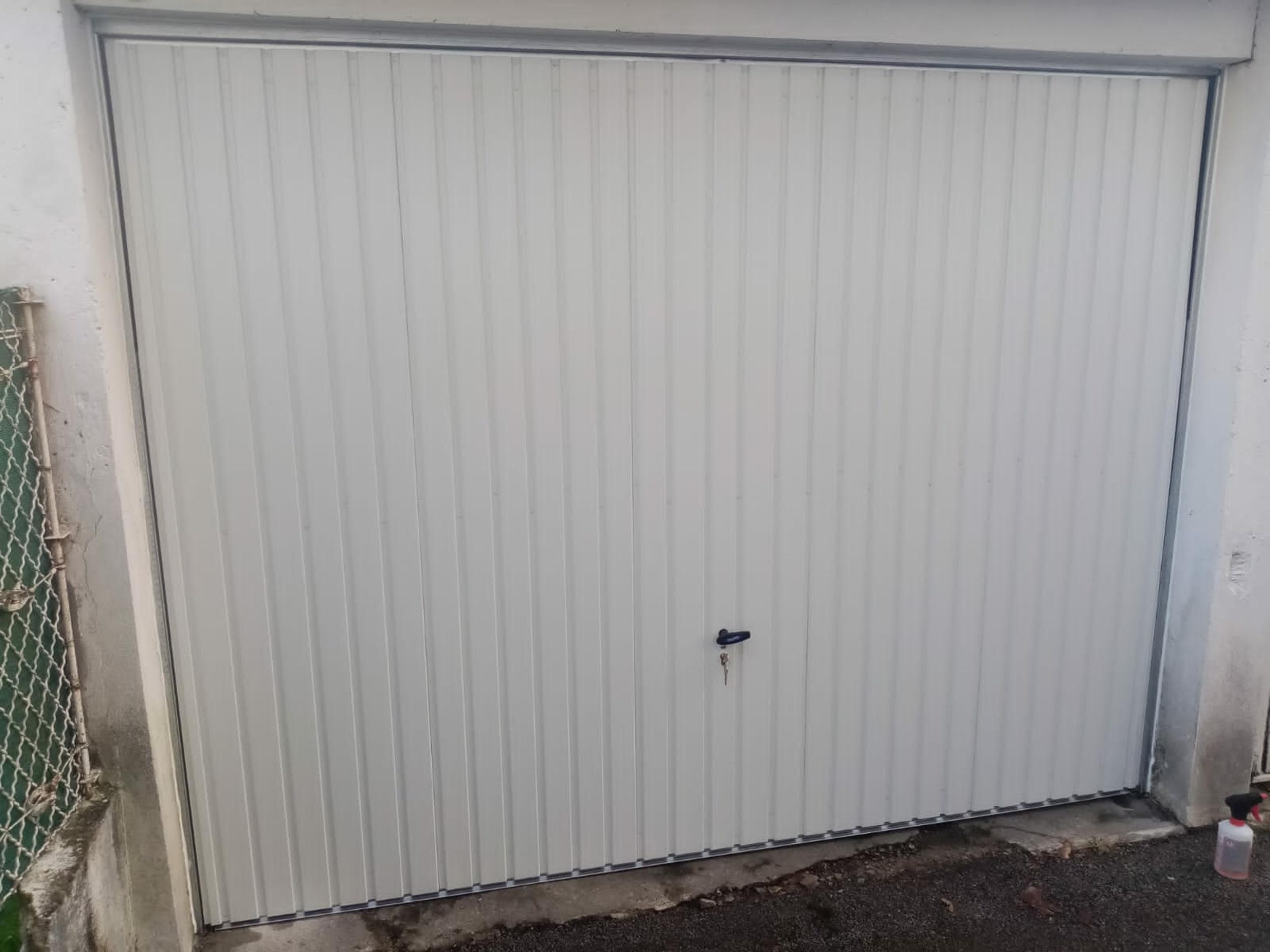 Rénovation porte de garage basculante - Lorient
