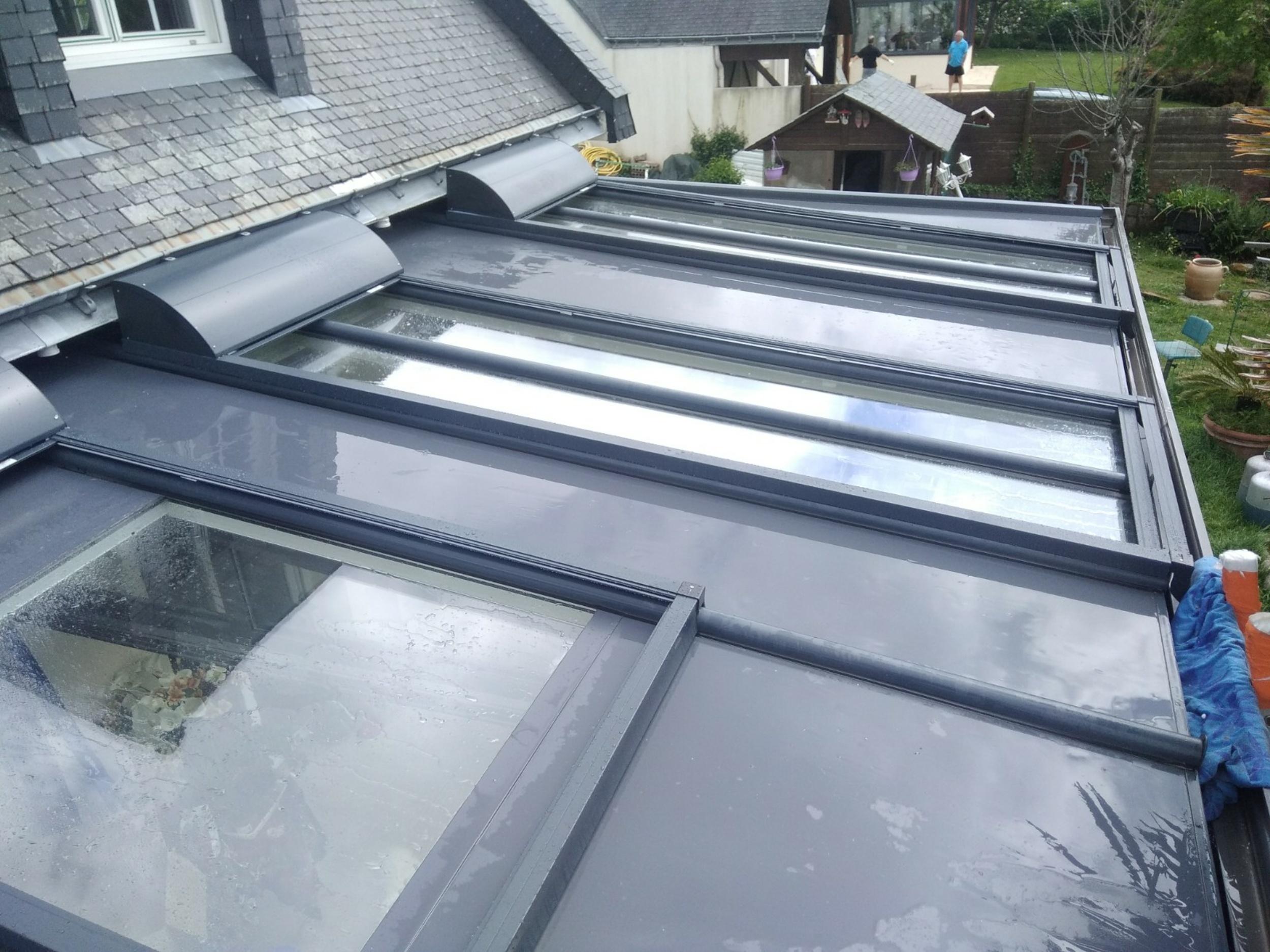 Volets de protection solaire pour véranda - ROLAX de Bubendorff