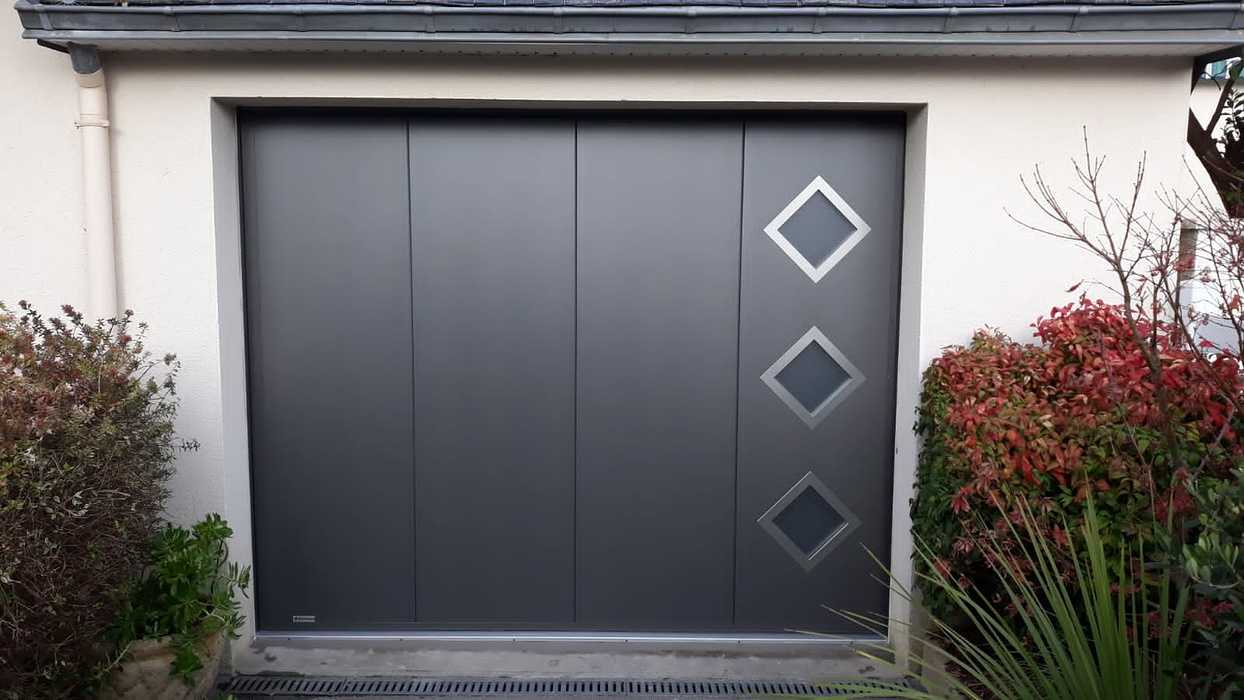 Installation porte de garage motorisée et porte d''entrée - Lanester portedegaragemotoriseesurlacommunedemanester