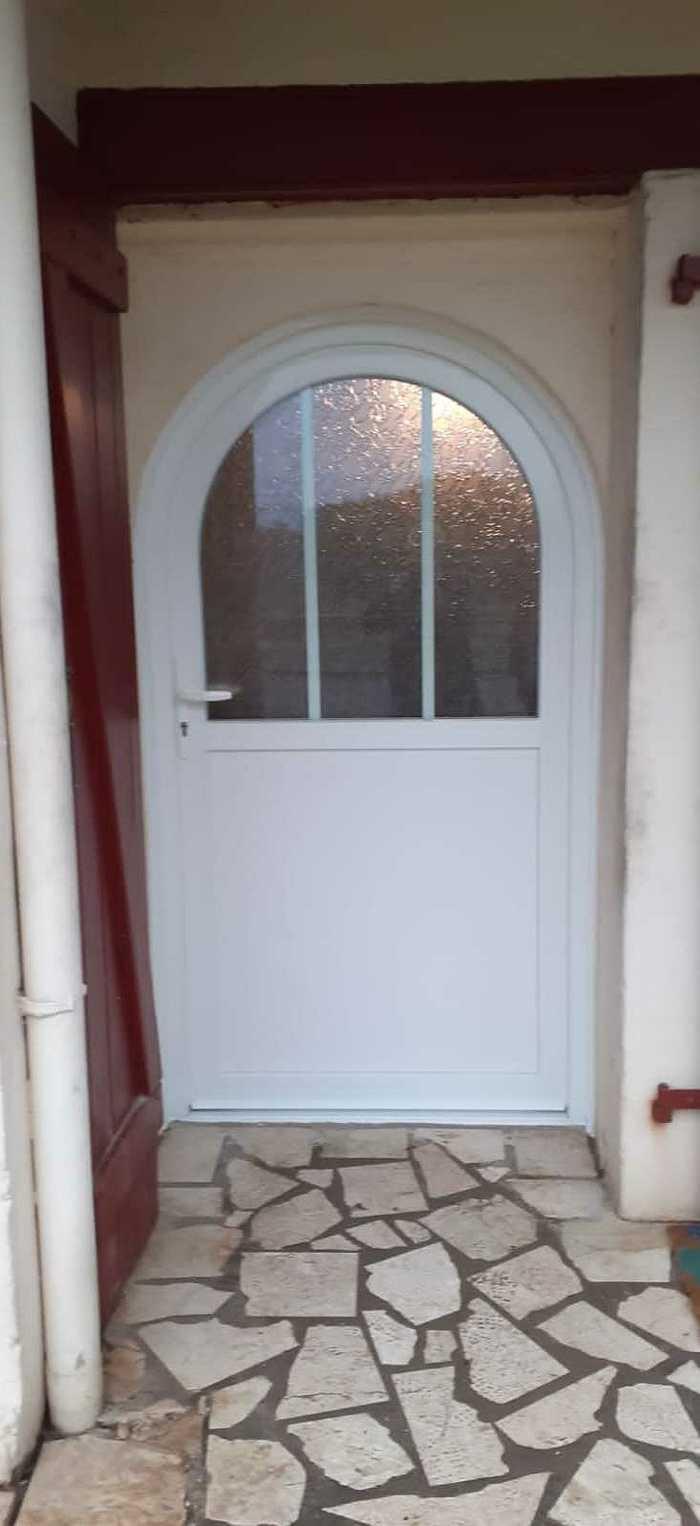 Rénovation Porte d''entrée PVC - maison centre ville - Lorient 0