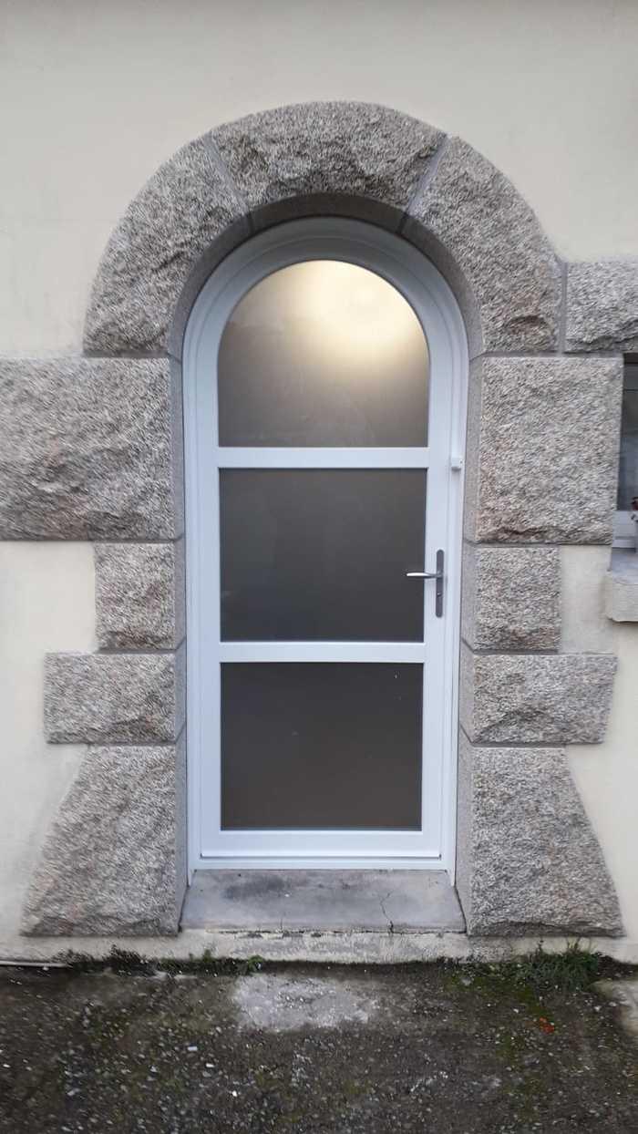 Porte d''entrée PVC Plein cintre - Quéven - 56 portedentreepvccintree2