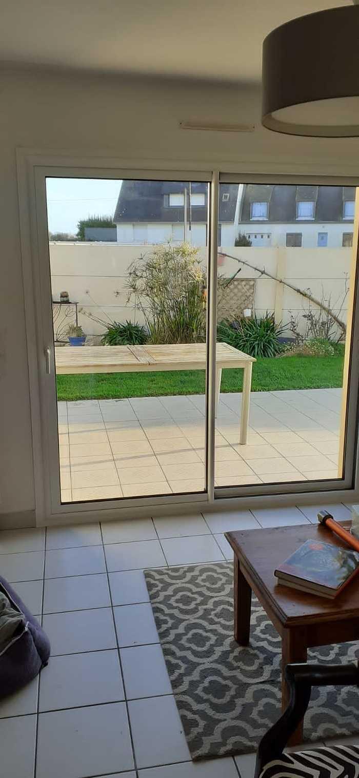 Baie vitrée alu coulissante et portes fenêtres 2 vantaux asymétriques - Gavres - Morbihan coulissantaluposesurgavres2