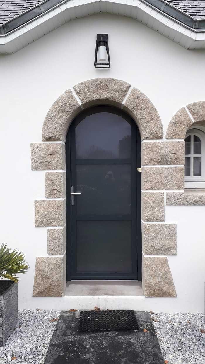 Rénovation porte d''entrée cintrée alu - Guidel 0