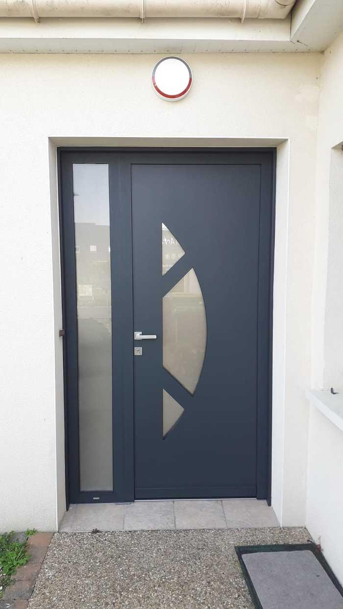 Rénovation porte d''entrée : avant / après - Larmor Plage photo-2021-04-01-18-37-401