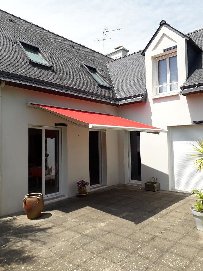 Pose d''un store-banne - Morbihan (56) 0