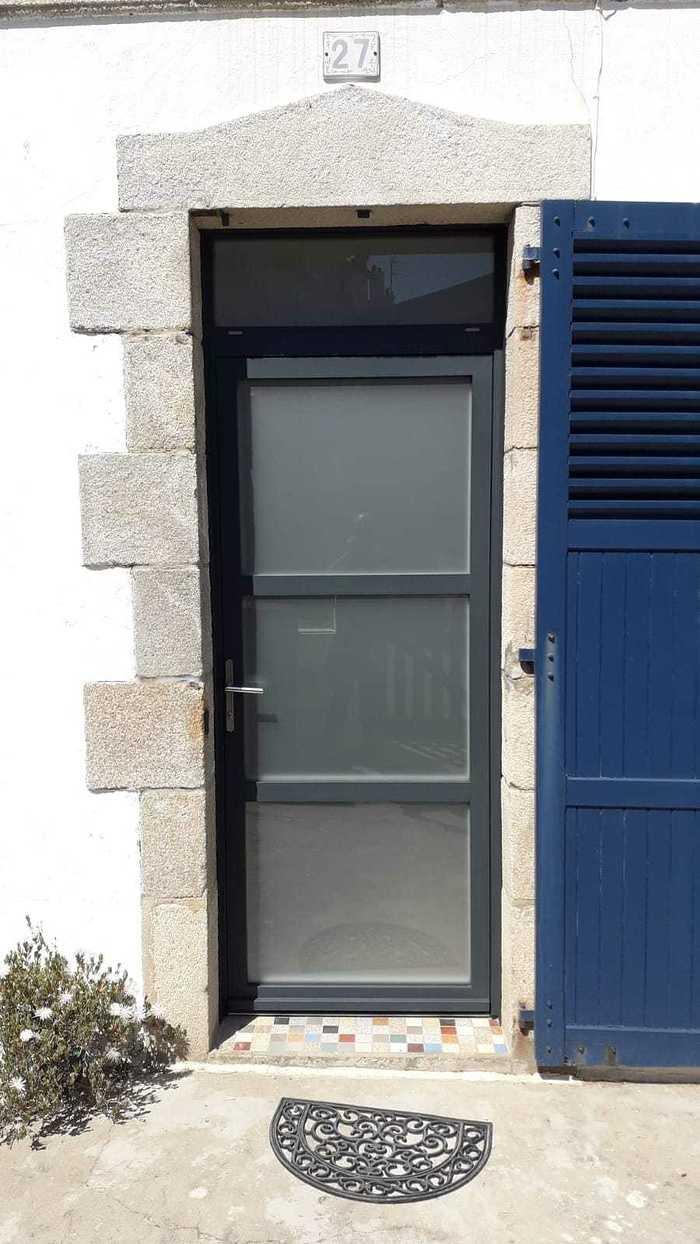 Rénovation complète menuiseriesextérieures - aluminium -Locmiquélic photo-2021-04-25-16-30-52