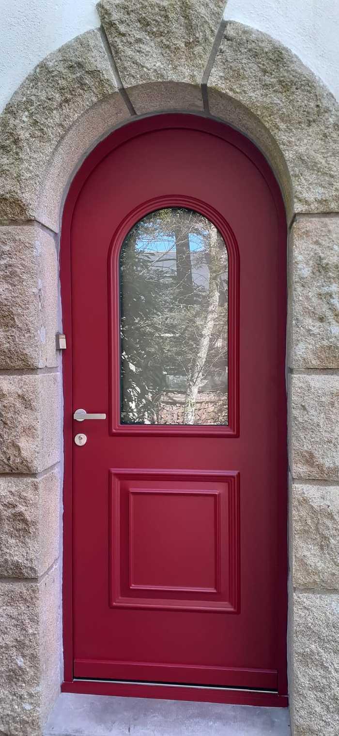 Porte d''entrée contre dormant cintré - rouge - Caudan 0