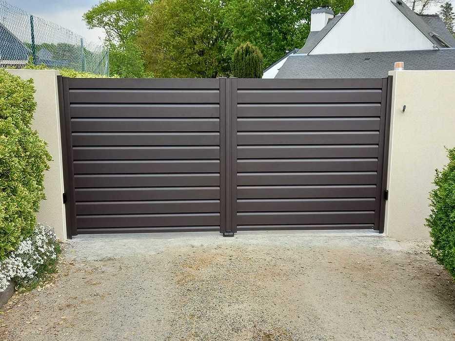 Pose portail aluminium - motorisation SOMFY - Caudan 8eb27056-7594-4f0d-9509-468c63307e4e