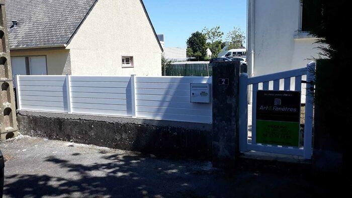 Clôture aluminium - portail coulissant aluminium motorisé 2494177a-17d6-40a9-aa00-84e1558c378c1