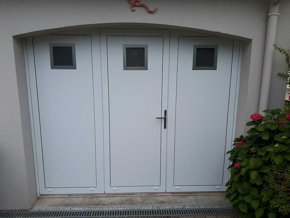 Pose d''une porte de garage - Lorient 0