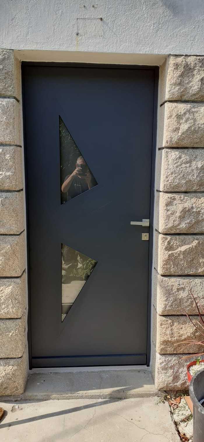 Porte d''entrée alu bi-color intérieure-extérieure 0